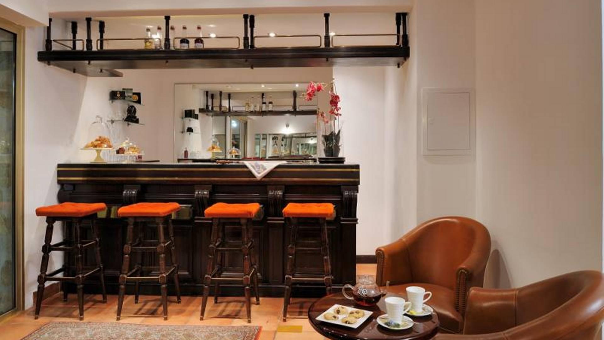 h tel albion augustmarine. Black Bedroom Furniture Sets. Home Design Ideas